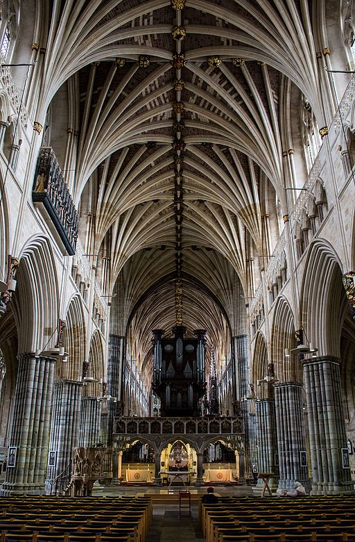 Inside_Exeter_Cathedral 140 KB